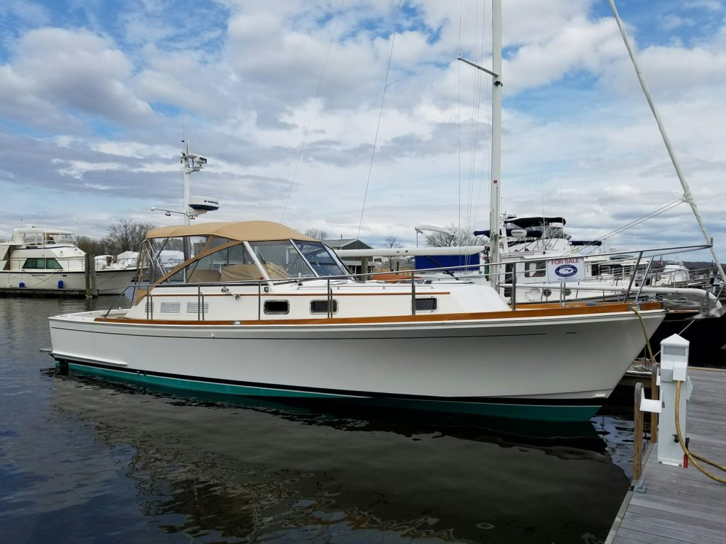 Eastbay 38 sold by Essex Yacht Sales