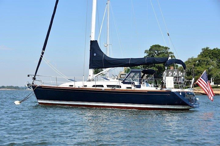 Sabre 386 sold by Essex Yacht Sales